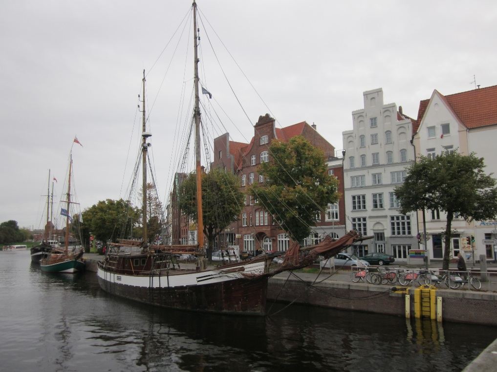 Europa.Germania.Schleswig-Holstein.Lubecca. Fiume Trave