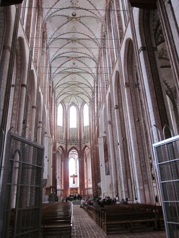 Europa.Germania.Schleswig-Holstein.Lubecca.Santa Maria.Navata centrale
