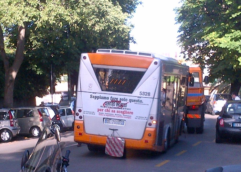 Trasporto pubblico a Genova